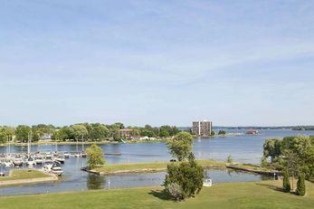 Ramada Belleville Harbourview Conf Ctr