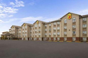 Super 8 Motel Fort Nelson