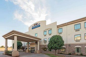 Baymont Inn & Suites Wichita Falls