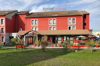 Kyriad Design ENZO Cannes Ecluse