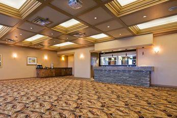 Best Western Plus Mirage Hotel & Resort