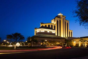 L'Auberge du Lac Hotel & Casino