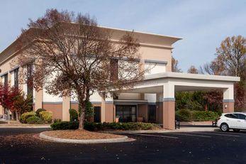 Hampton Inn Commerce