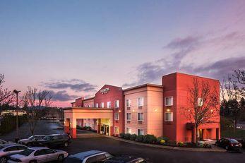 DoubleTree by Hilton Hotel Beaverton