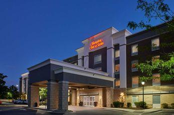 Hampton Inn & Suites Holly Springs