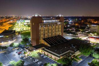 DoubleTree by Hilton Hotel Richardson