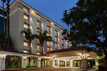 Embassy Suites Arcadia - Pasadena Area