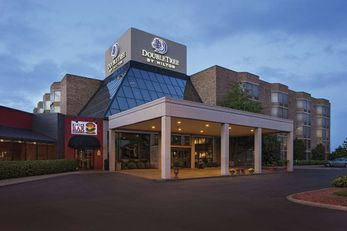 DoubleTree by Hilton Hotel Murfreesboro