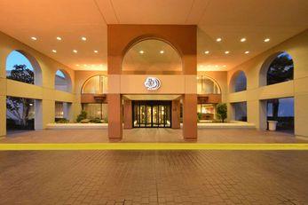 DoubleTree by Hilton Newark - Fremont