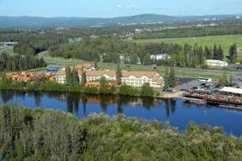 Pikes Waterfront Lodge