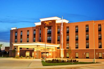 Hampton Inn by Hilton Lincoln Airport