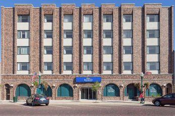 Baymont Inn & Suites Delavan