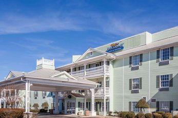 Baymont Inn & Suites of Decatur