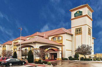 La Quinta Inn & Suites Weatherford