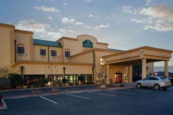La Quinta Inn & Suites Knoxville East