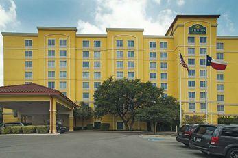 La Quinta Inn & Suites San Antonio