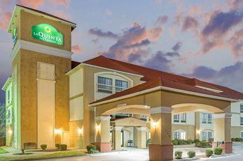 La Quinta Inn & Suites Yukon