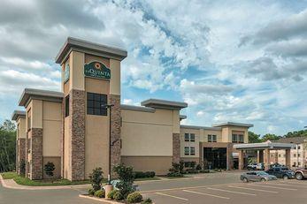 La Quinta Inn & Suites Tyler University