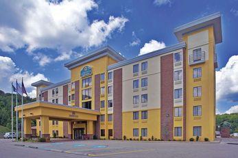 La Quinta Inn & Suites Elkview