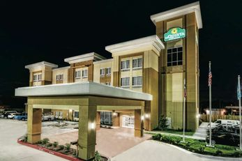 La Quinta Inn & Suites Victoria S