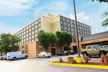 Ramada Plaza Atlanta Airport Hotel