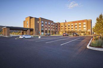 Hampton Inn & Suites Hood River