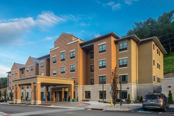BW Plus Franciscan Square Inn & Suites