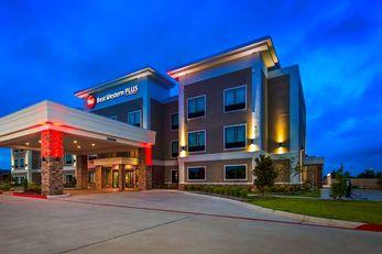 Best Western Plus Bay City Inn & Suites