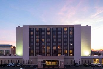 DoubleTree by Hilton Fort Smith City Ctr