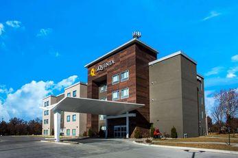 La Quinta Inn & Suites Pittsburg