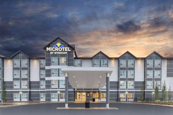 Microtel Inn & Suites Fort McMurray
