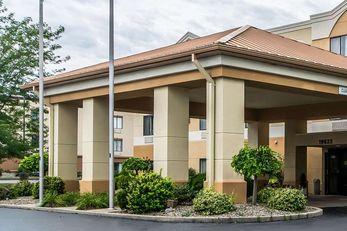 Quality Inn & Suites Evansville
