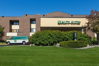 Quality Suites Hotel Lansing