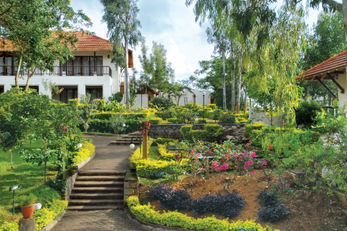 The Gateway Hotel KM Road