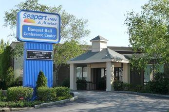 The Seaport Inn & Marina