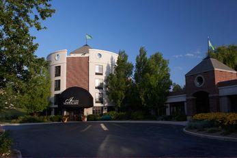 Inn on Woodlake