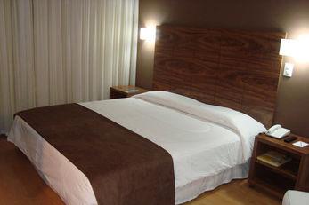Alice Vitoria Hotel