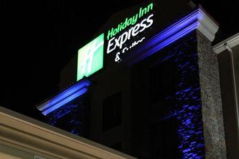 Holiday Inn Exp Ste Huntsville Airport