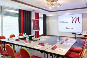 Mercure Charpennes Hotel