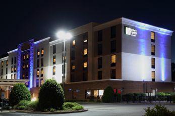 Holiday Inn Express/Suites Newport News