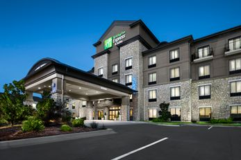 Holiday Inn Express and Suites Conway NW