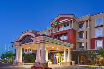 Holiday Inn Express Las Vegas I-215