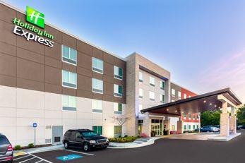 Holiday Inn Express Calhoun South