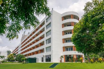 Inya Lake Hotel