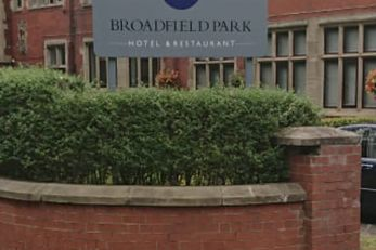 Quality Hotel Broadfield Park