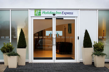 Holiday Inn Express Wakefield