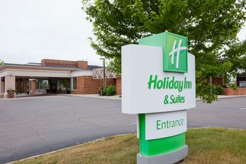 Holiday Inn Hotel & Suites St Cloud
