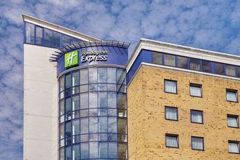 Holiday Inn Express London-Newbury Park