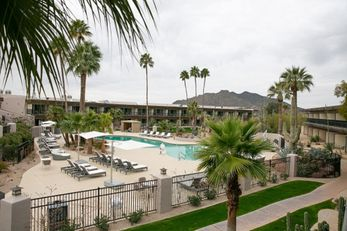 CIVANA Carefree Resort & Conference Ctr