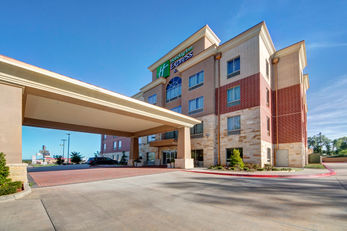 Holiday Inn Express & Suites OKC North